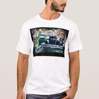 Vintage Green Car 2017 Calendar T-Shirt