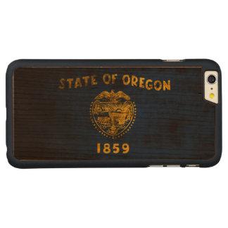 Vintage Grunge State Flag of Oregon Carved® Cherry iPhone 6 Plus Slim Case