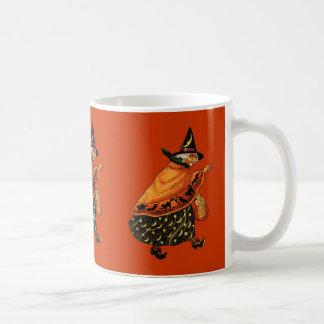 Vintage Halloween Old Witch Mug