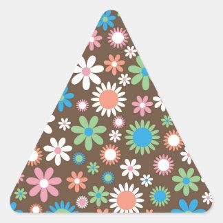 Vintage, hippie pink, green, salmon red daisies triangle sticker