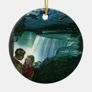Vintage Honeymoon Love, Newlyweds at Niagara Falls Round Ceramic Ornament