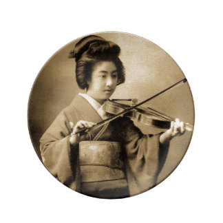 Vintage Japanese Geisha Playing Violin Classic Plate