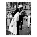 Vintage Kissing Couple.Hug Kiss Postcard