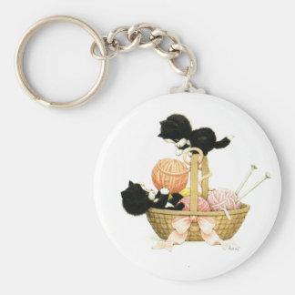 Vintage Kittens in Basket Basic Round Button Key Ring