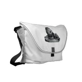 Vintage lion drawing sitting on rock animal commuter bag