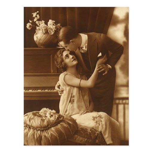 Vintage Lovers,  Love Romance Romantic Music Post Card