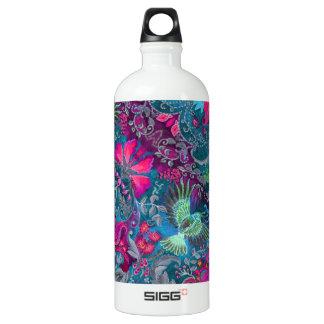 Vintage luxury floral garden blue bird lux pattern water bottle