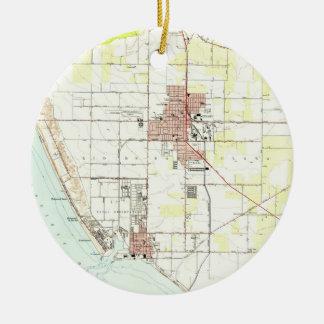 Vintage Map of Oxnard California (1949) 2 Ceramic Ornament