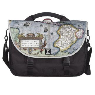 Vintage map of the Americas Laptop Commuter Bag