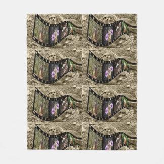 Vintage Meerkat Photo Strip, Med Fleece Blanket