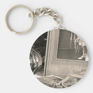 Vintage Memories Basic Round Button Key Ring