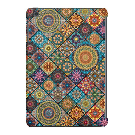 Vintage patchwork with floral mandala elements iPad mini retina case