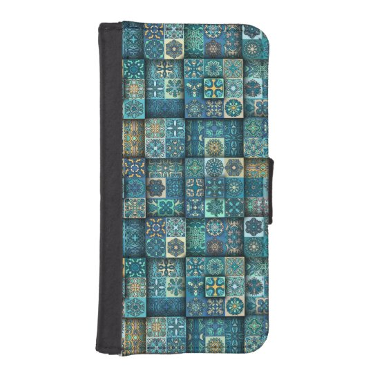 Vintage patchwork with floral mandala elements iPhone SE/5/5s wallet case