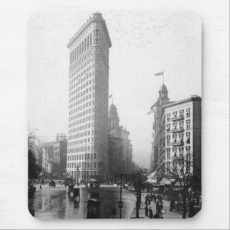 Vintage Photograph of the Flatiron Building NYC Mouse Pad