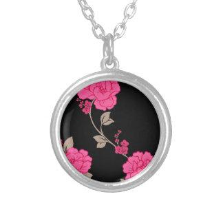 Vintage Pink Flowers Necklaces