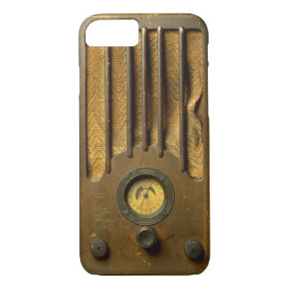 Vintage Radio iPhone 7 Case