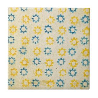 Vintage Retro Blue & Yellow Sun Stencil Texture Tile