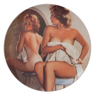 Vintage Retro Gil Elvgren Sun Tan Pinup girl Dinner Plates