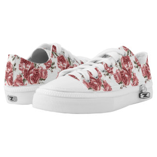 Vintage Romantic drawn red roses bouquet Low Tops