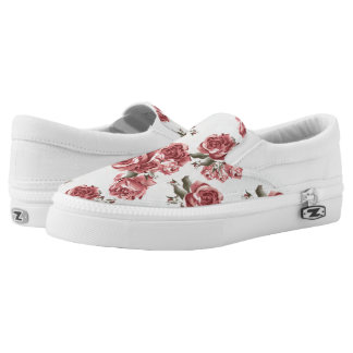 Vintage Romantic drawn red roses bouquet Slip-On Shoes