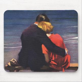 Vintage Romantic Love, Romance on the Beach Mousepad