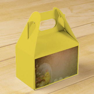 Vintage Rustic Easter Chicken Favour Box