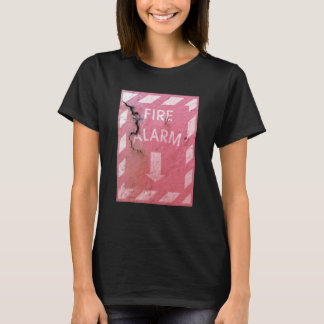 Vintage Rusty Fire Alarm And Arrow Cool Funny T-Shirt