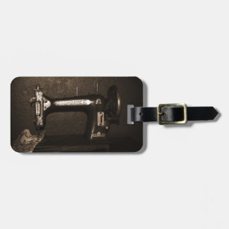 Vintage Sewing Machine Luggage Tag