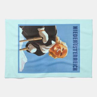 Vintage Ski poster Niedosterreich Tea Towel