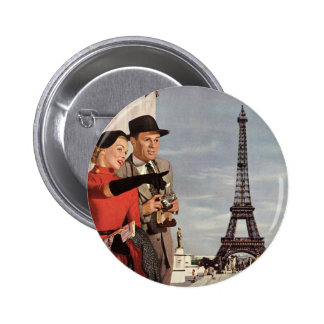 Vintage Tourists Traveling in Paris Eiffel Tower 6 Cm Round Badge
