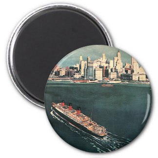 Vintage Travel by Cruise Ship to New York City 6 Cm Round Magnet