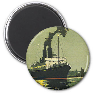 Vintage Travel, Cruise Ship in a Harbor 6 Cm Round Magnet