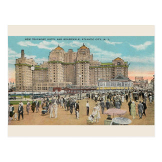 Vintage Traymore Hotel Atlantic City Postcard