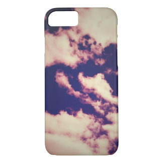 Vintage Trippy Clouds design iphone 7 case