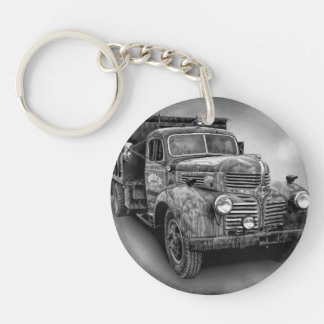 VINTAGE TRUCK IN BLACK AND WHITE KEY RING