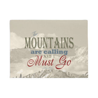 Vintage Typography The mountains are calling; Muir Doormat