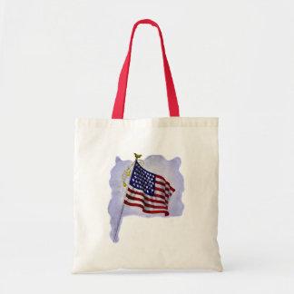 Vintage US Flag in Patriotic Colors Budget Tote Bag