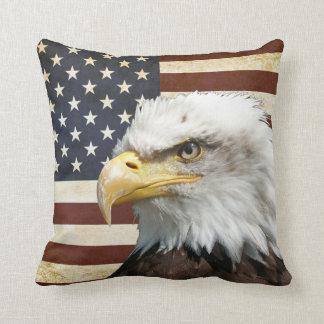 Vintage US USA Flag with American Eagle Cushion