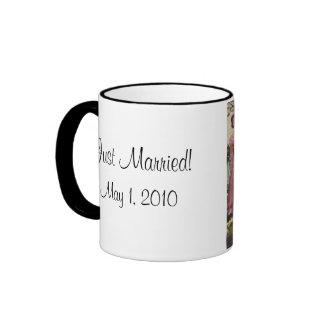 Vintage Wedding Bride Groom Newlyweds Cut Cake Ringer Mug