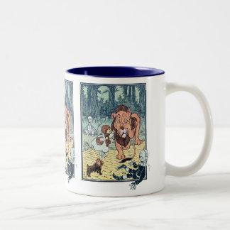 Vintage Wizard of Oz Characters, Yellow Brick Road Two-Tone Mug