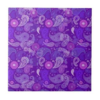 Violet paisley tile