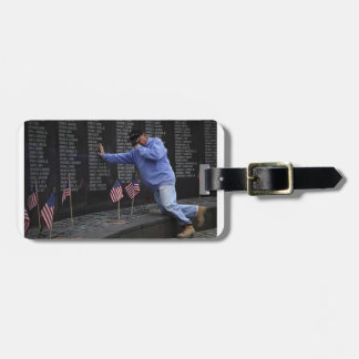 Visiting The Vietnam Memorial Wall, Washington DC. Luggage Tag