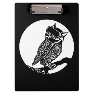 VR Owl Clipboard