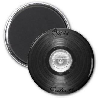 vynil retro 6 cm round magnet