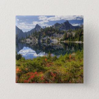 WA, Alpine Lakes Wilderness, Gem Lake, with 15 Cm Square Badge
