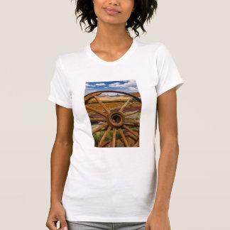Wagon wheel close up, Arizona T-Shirt