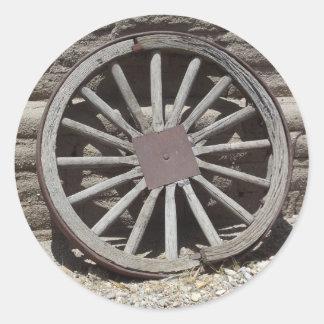 Wagon Wheel Round Sticker