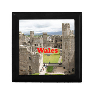 Wales: Caernarfon Castle, United Kingdom Small Square Gift Box