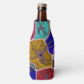 Walk Of The Huntsman Spider Dot Art, Bottle Cooler