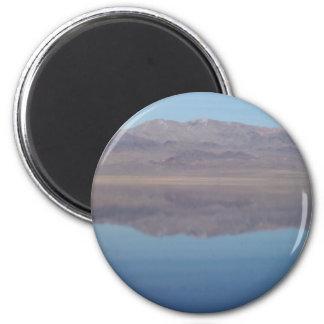 Walker Lake Mirror Image 6 Cm Round Magnet